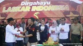 Wabup Subang Lepas Peserta Gerak Jalan Santai Di Acara HUT Laskar Indonesia Ke-5