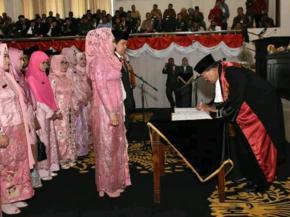 Rapat Paripurna DPRD Kabupaten Karawang Agenda Peresmian dan Pengucapan Sumpah/Janji 50 Anggota DPRD
